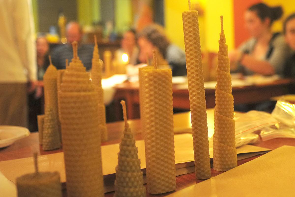 Кръжок по правене на свещи - разкриваме свещарството свещичка по свещичка