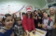 Кръжок в училище - свещи и усмивки